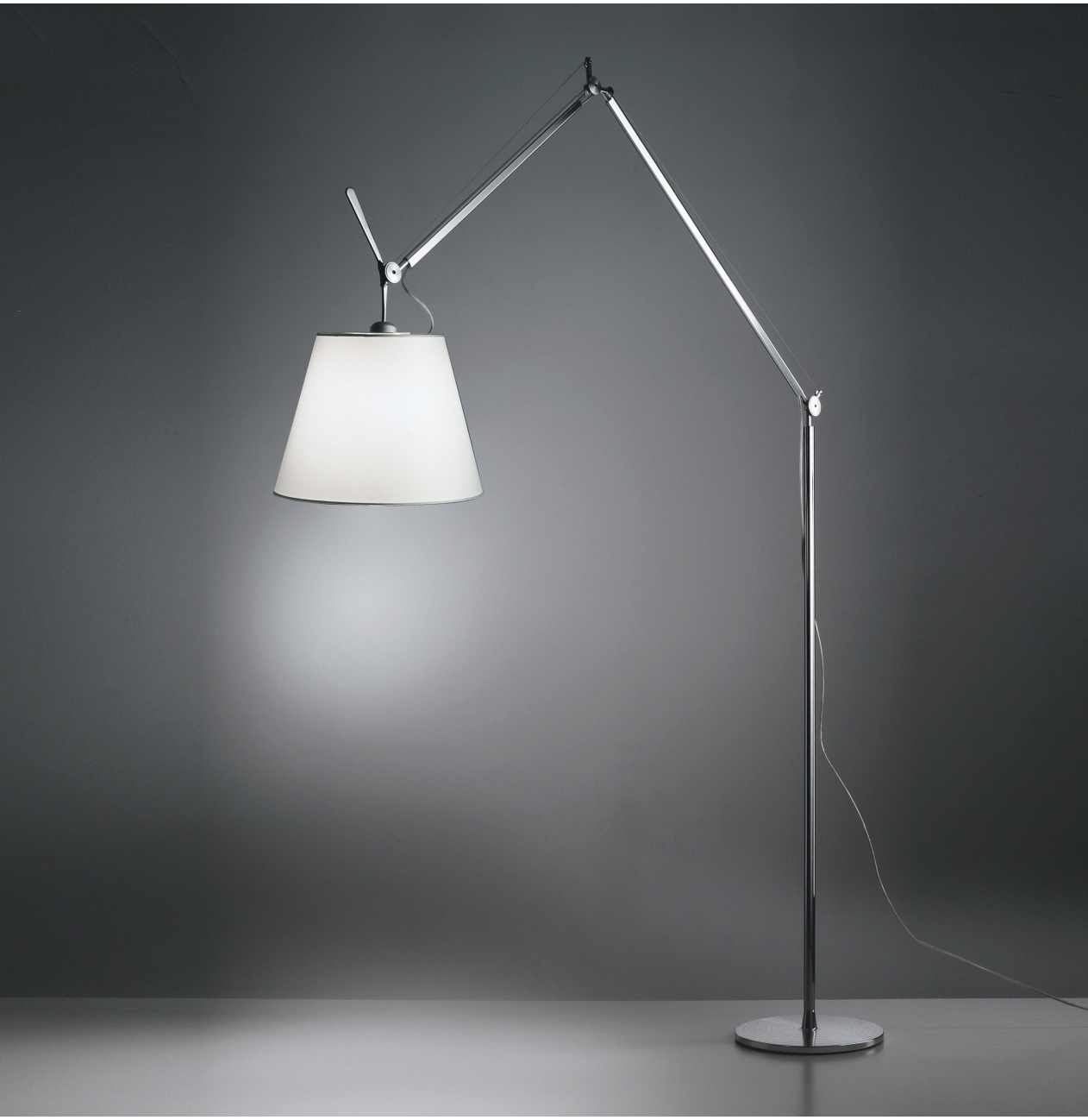 artemide vloerlamp tolomeo mega dimmer versteeg lichtstudio. Black Bedroom Furniture Sets. Home Design Ideas
